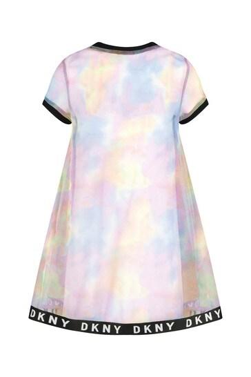 다양한 색상의 드레스