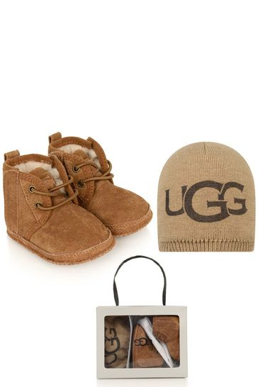 Baby Chestnut Baby Neumel Boots And Beanie Gift Set