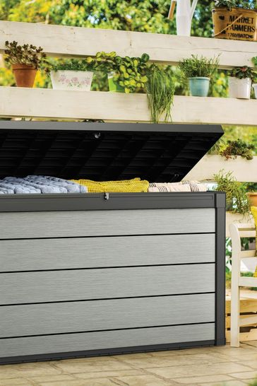 Keter Denali 200G Deck Box