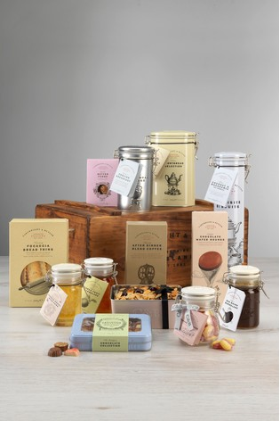 Medium Apple Crate Teatime Hamper by Cartwright & Butler