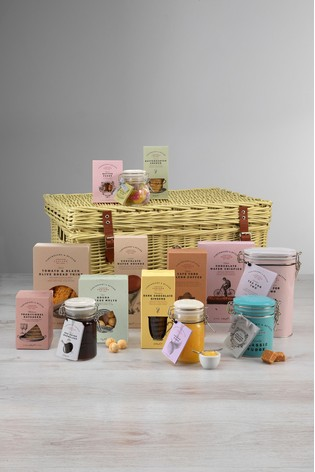 The Town And Country Hamper by Cartwright & Butler