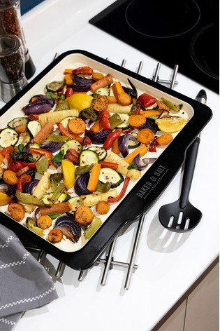 Baker & Salt 37cm Baking Tray by Wham