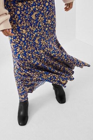 Second Female Spirit Skirt