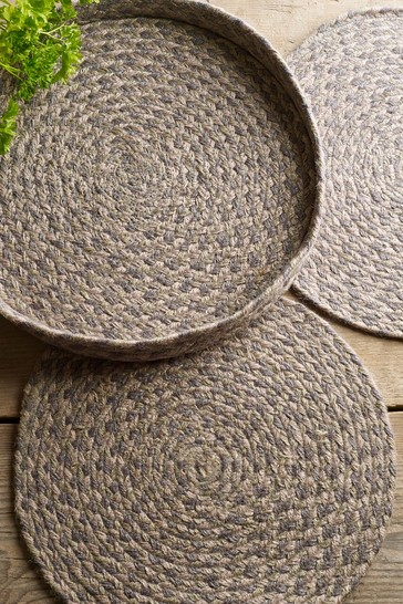 Set of 4 Jute Placemats In A Holder