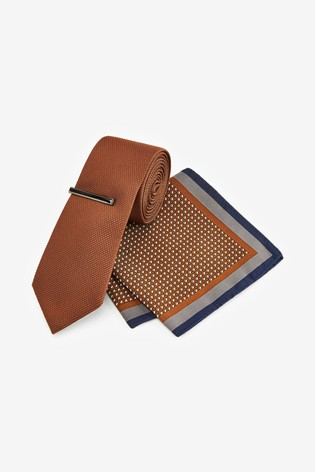 Rust Textured Tie With Geometric Pocket Square Set