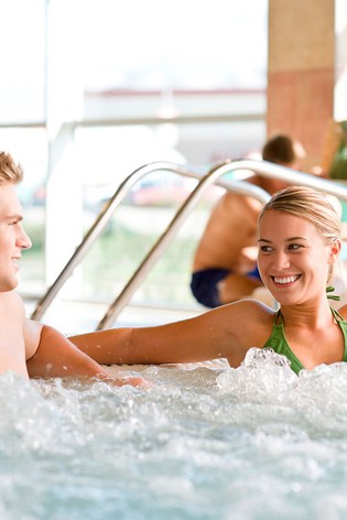 Bannatyne Relaxing Pamper Day With 3 Treatments Gift Experience by Virgin Experience Days