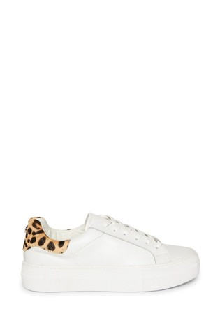 Steve Madden Merger Lace-Up Trainers