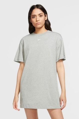 Nike Essential T-Shirt Dress
