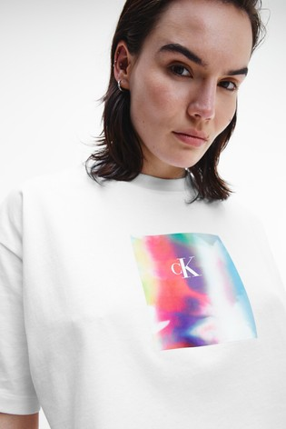 Calvin Klein Jeans Pride Cropped T-Shirt