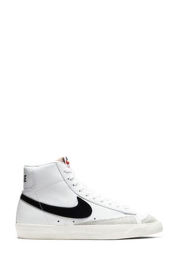 Nike Blazer Mid Trainers