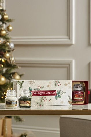 Set of 3 Yankee Candle Christmas Small Jar Candles Gift Set