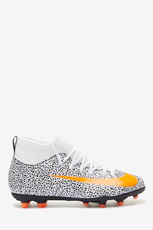Nike White/Black Mercurial Superfly 7 Club CR7 Multi Ground Junior And Youth Football Boots