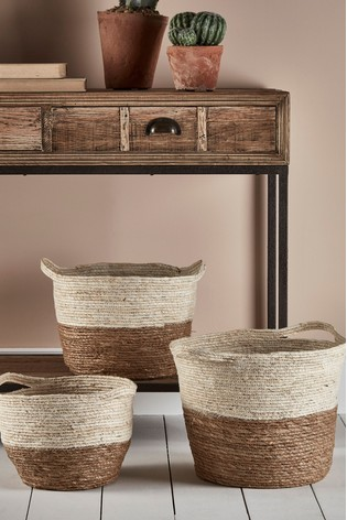 Set of 3 Cox & Cox Natural Straw Baskets