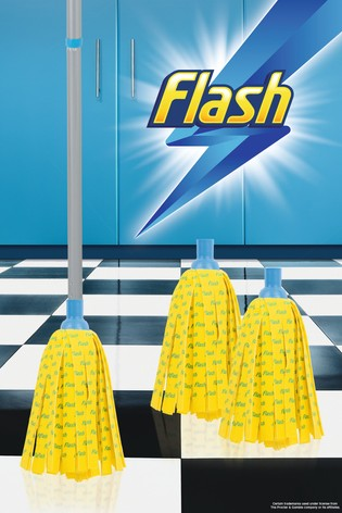 Flash 30 Microfibre Mop With 2 Mop Head Refills by Wham
