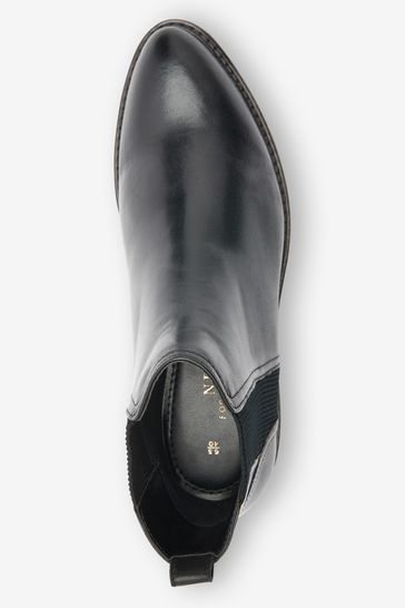 Black Forever Comfort® Leather Chelsea Boots