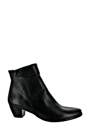 Riva Black Armadillo Leather Ankle Boots