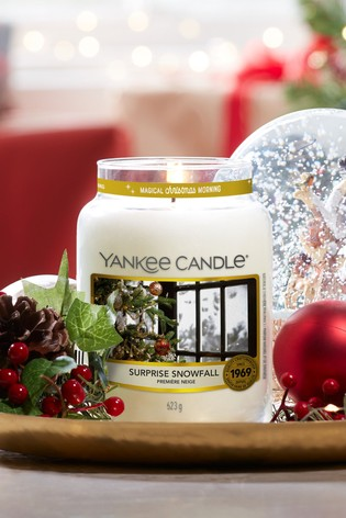 Yankee Candle Classic Large Jar Surprise Snowfall Candle