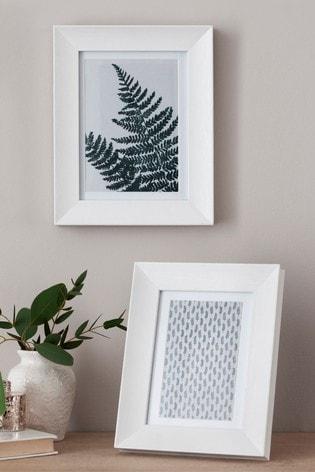 Wood Effect Set of 2 Photo Frames