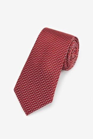 Red Spot Pattern Tie