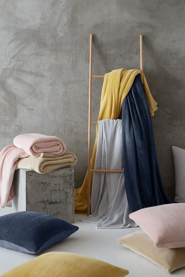 Catherine Lansfield Charcoal Supersoft Raschel Throw