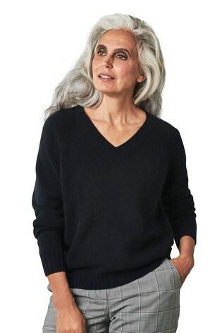 Pure Collection Black Cashmere Lofty V-Neck Sweatshirt