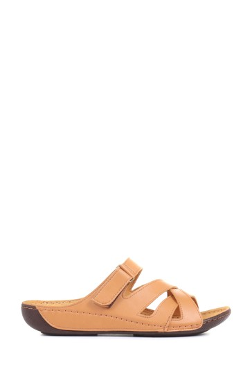 Pavers Tan Ladies Touch-Fasten Mules