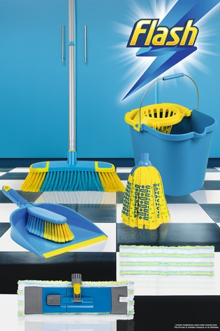 Flash Floor Clean Kit With Flat And Mighty Mop Bucket by Wham