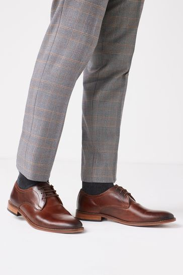 Dark Tan Regular Fit Contrast Sole Leather Derby Shoes