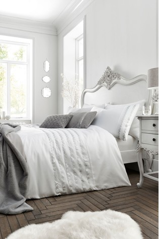Caprice Garbo Luxury Embellished Duvet Cover and Pillowcase Set
