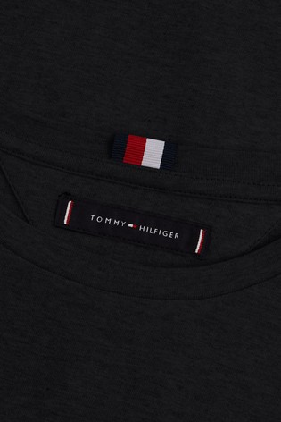 tommy hilfiger black logo