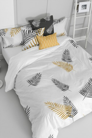 Happy Friday White Foliage Duvet Cover and Pillowcase Set