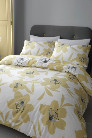 Catherine Lansfield Lily Duvet Cover and Pillowcase Set