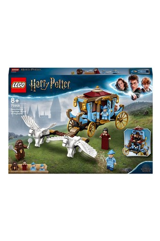 LEGO 75958 Harry Potter Beauxbatons Carriage: Arrival At Hogwarts