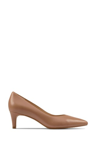 Clarks Praline Leather Laina55 Court2 Shoes