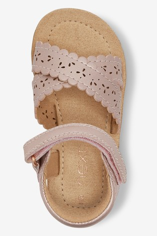 Pink Wide Fit (G) Scallop Sandals