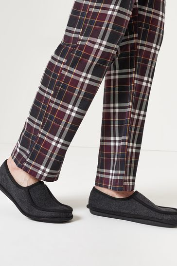 Grey Apron Close Back Slippers