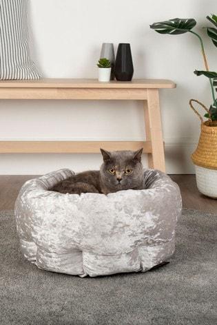 Velvet Pet Bed by Scruffs®