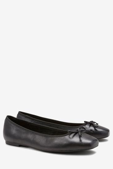Black Leather Forever Comfort® Ballerina Shoes