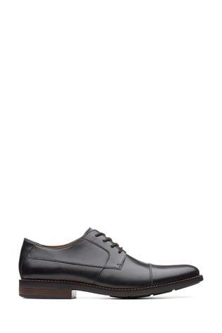Clarks Black Becken Cap Shoe
