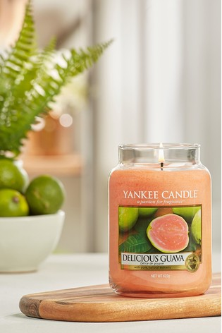 Yankee Candle Classic Large Delicious Guave Candle