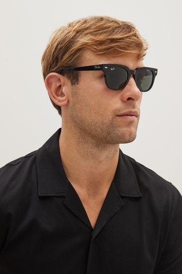 Ray-Ban® Black Wayfarer Sunglasses