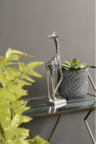 Libra Giraffe Head Back Sculpture
