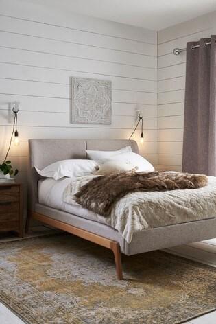 Carter Bed