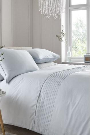 Serene Pom Pom Duvet Cover and Pillowcase Set