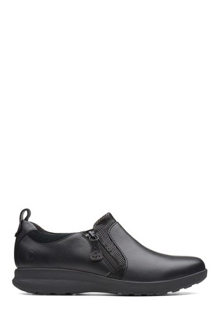 Clarks Black Un Adorn Zip Shoe