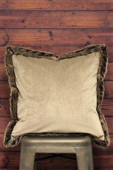 Riva Home Kiruna Velvet And Faux Fur Trim Cushion