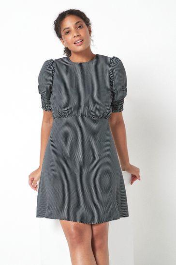 Monochrome Fuller Bust Tea Dress