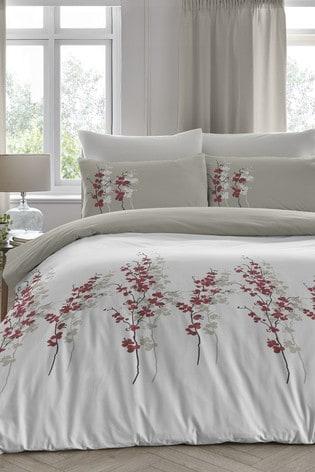 Oriental Flower Duvet Cover And Pillowcase Set by D&D
