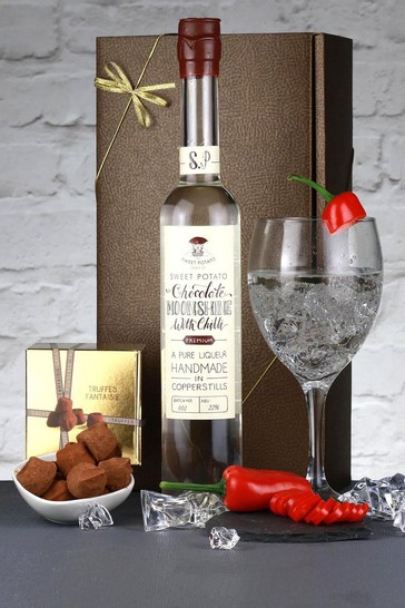 Le Bon Vin Chocolate Liqueur And Truffles Gift Box