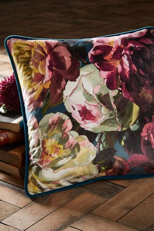 Oasis Renaissance Cushion